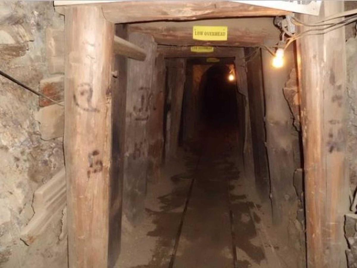 mines-5.jpg.1920x0.jpg