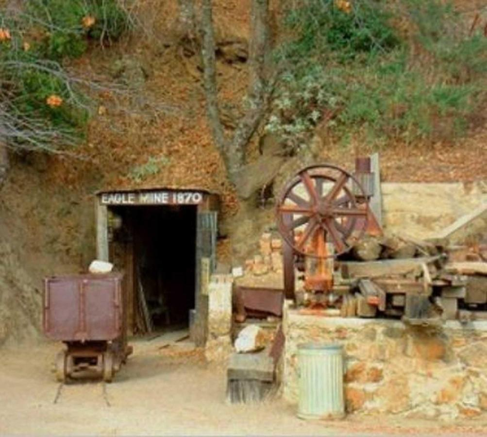mines-1.jpg.1920x0.jpg