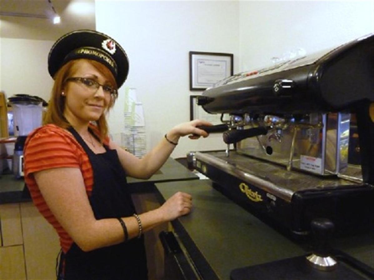 cafe-5.JPG.1920x0.jpg