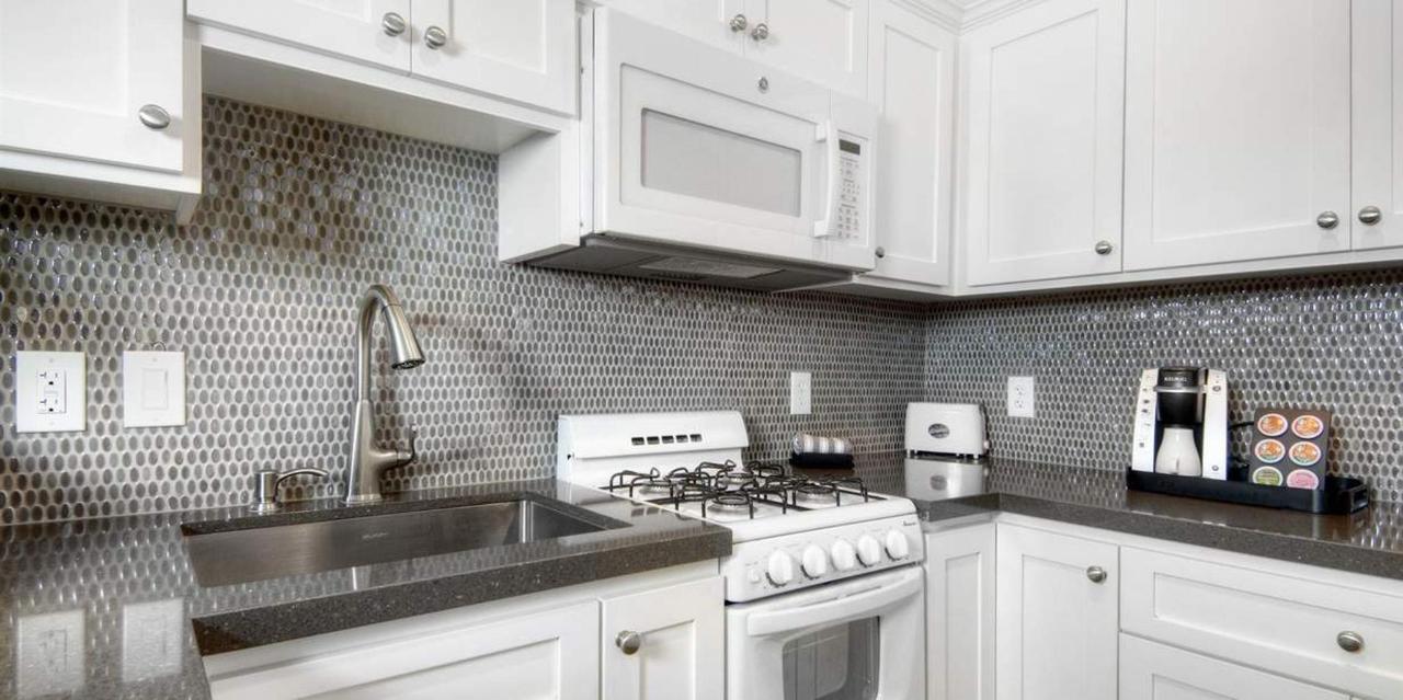 307-kitchen-cottage8.jpg.1236x617_default.jpg