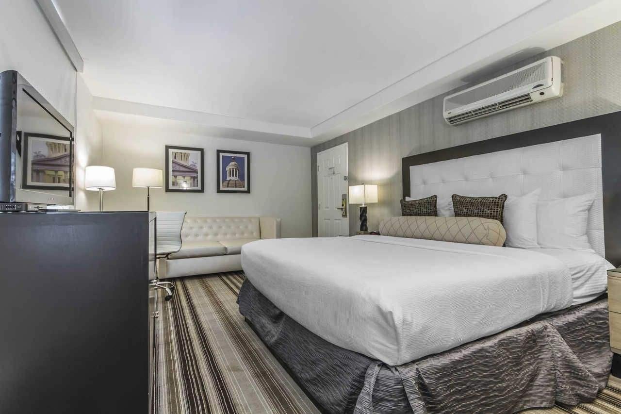 1-queen-bed-2-2.jpg