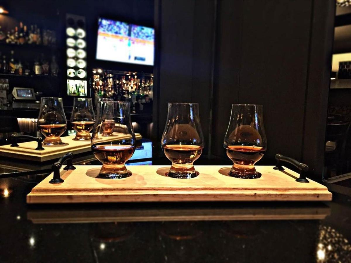 whiskey-flights.JPEG.1080x0.JPEG