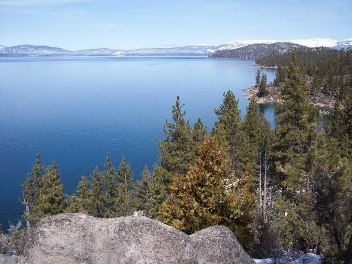 lake_tahoe_nv.jpg.1920x0 (1).jpg