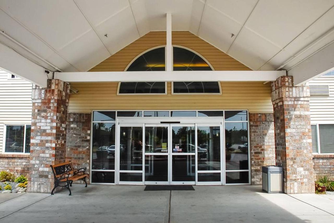 entrance1.jpg.1024x0.jpg
