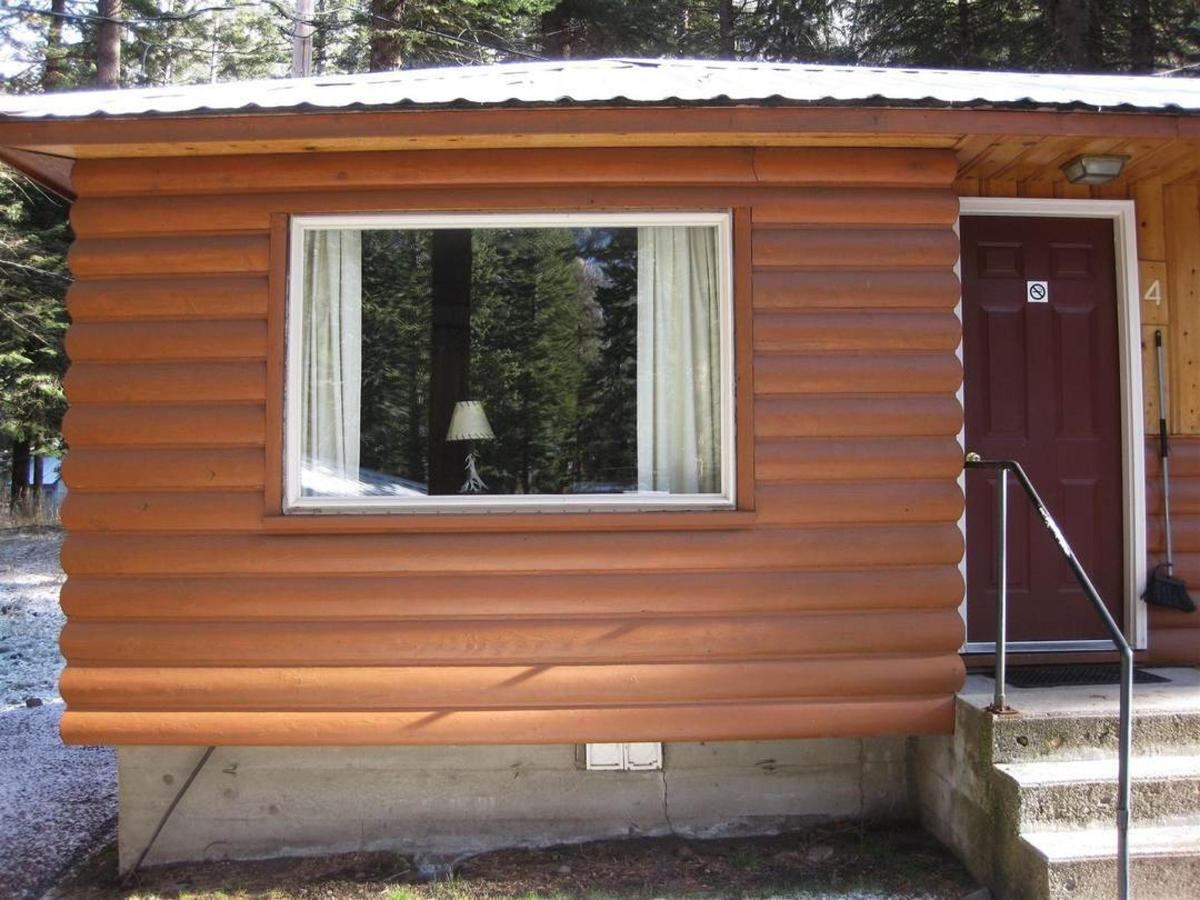 cabin-4-exterior.jpg.1080x0.jpg