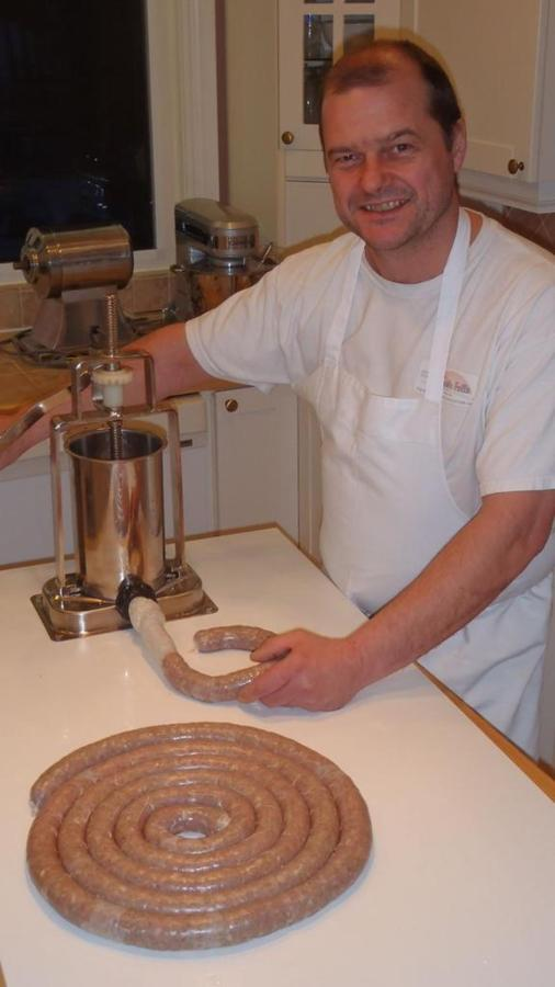 douglas-homemade-sausages.jpg.1024x0.jpg