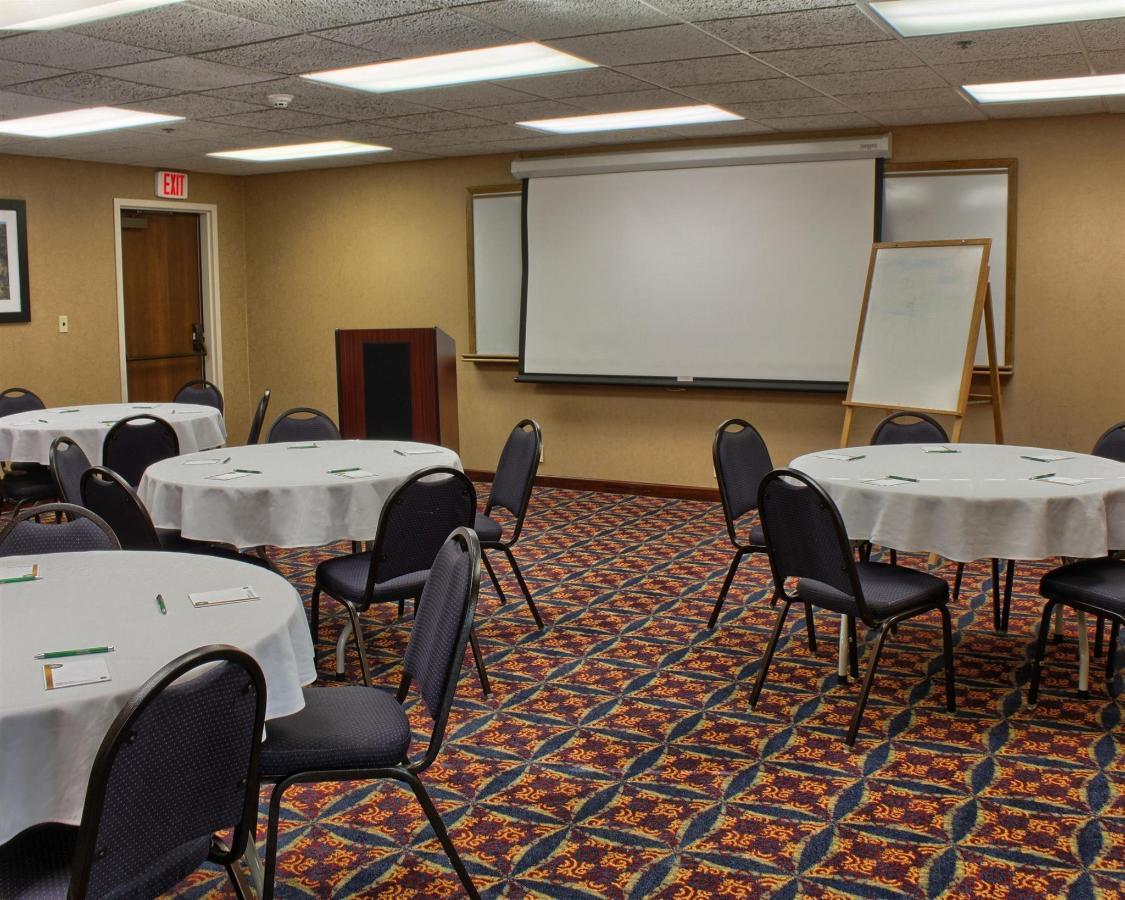 conference-room-1.jpg.1920x0.jpg