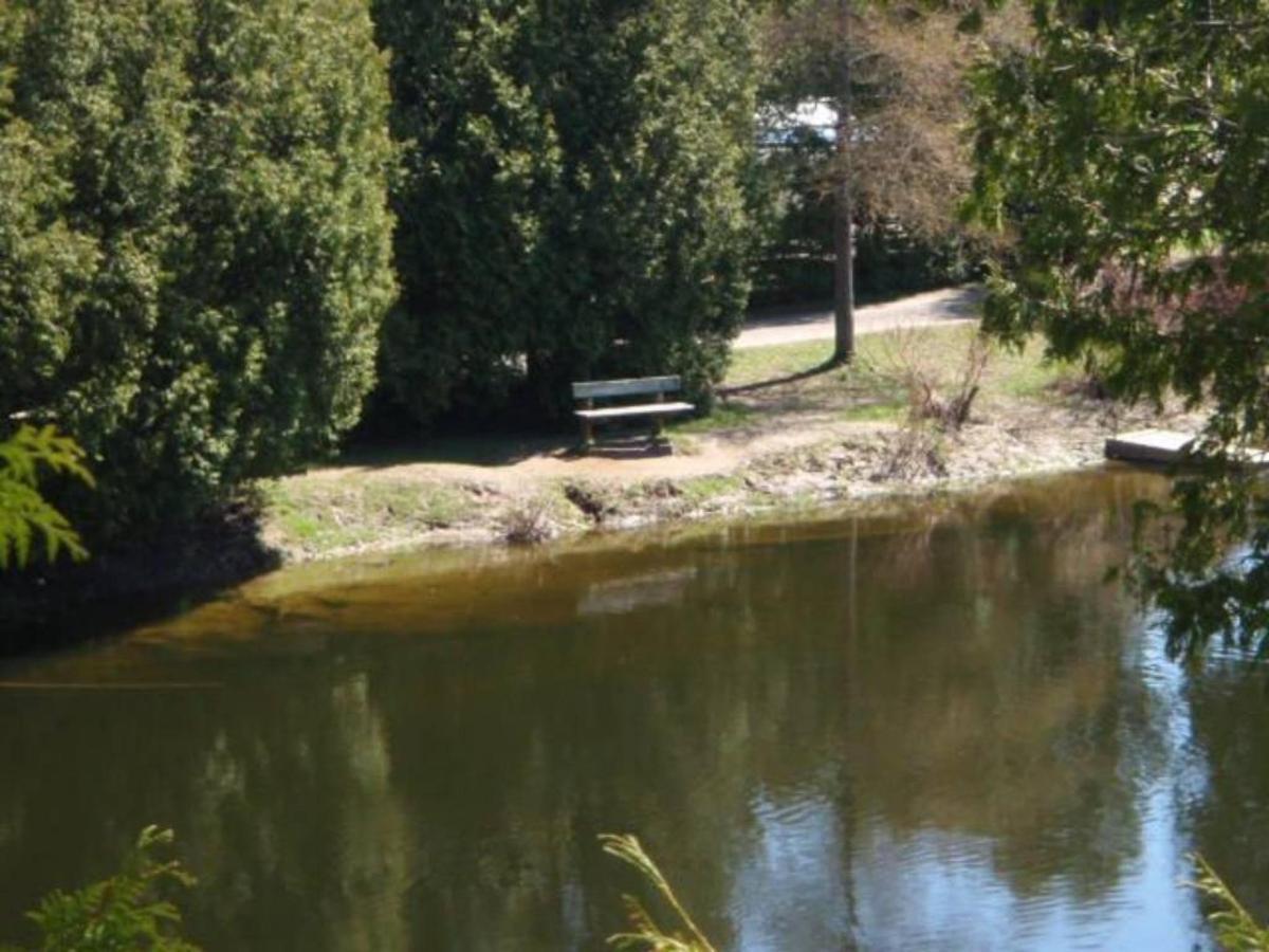 saublefallsbb-spring-view-of-provincial-park1.jpg.1024x0.jpg