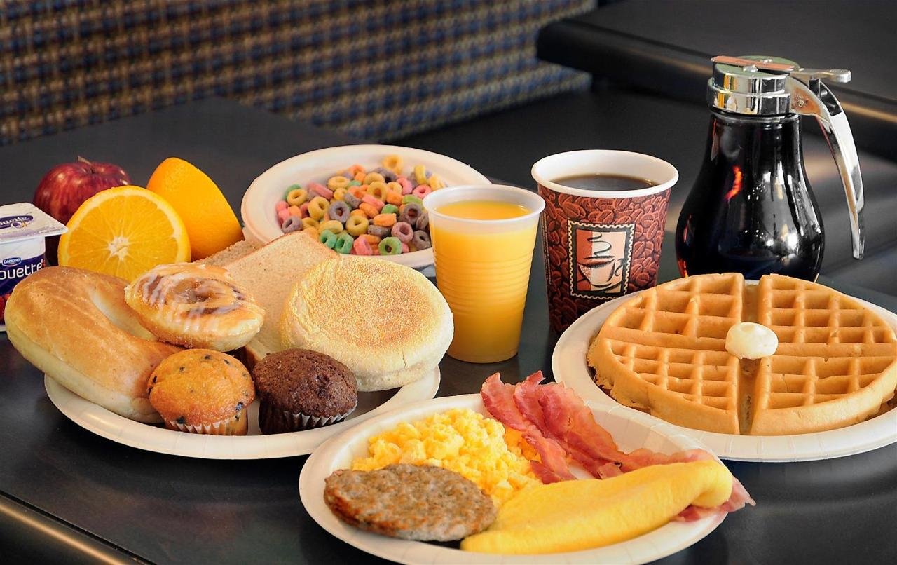 hot-breakfast-large-1.jpg