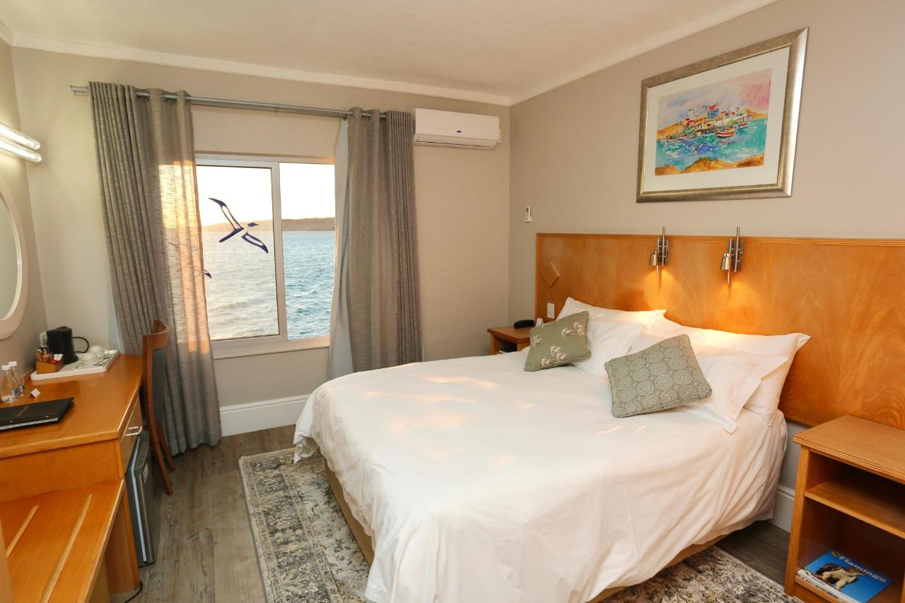 2018 COMFORT DOUBLE ROOM SEAVIEW.jpg