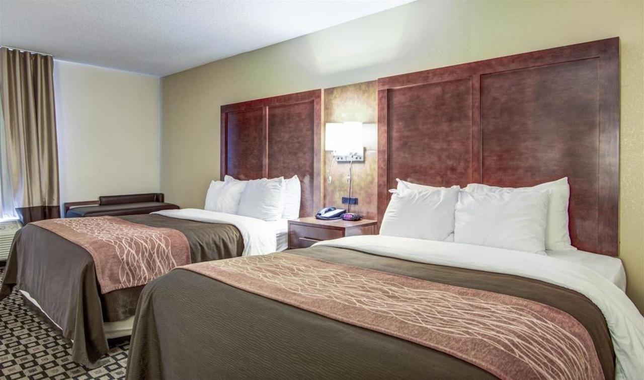 Rooms 5.jpg