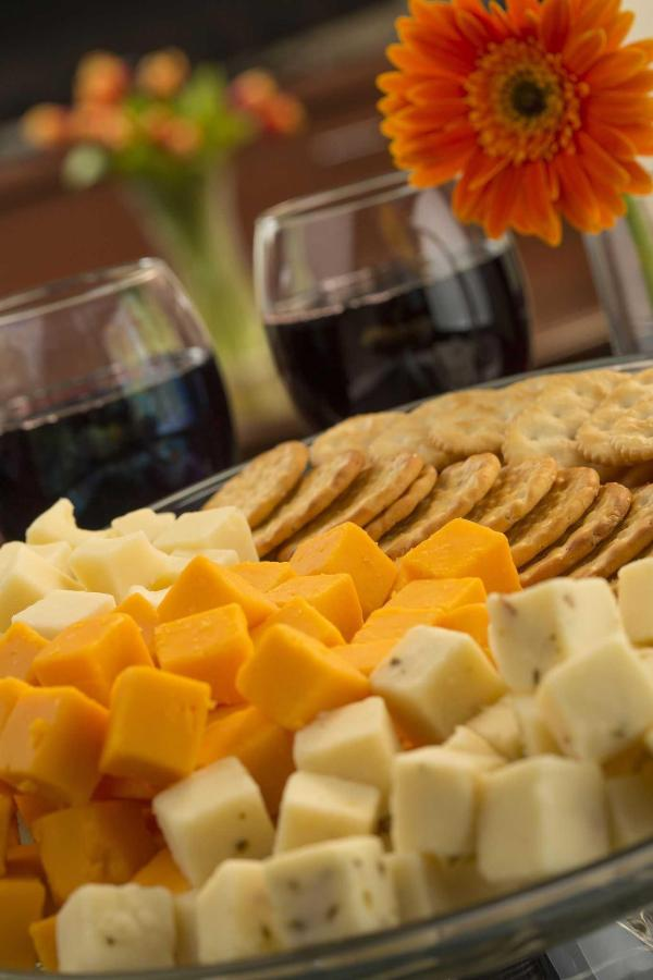 wine-cheese4.jpg