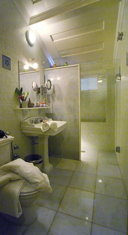 Cette suite 301-1.jpg.1024x0.jpg salon-salle de bain