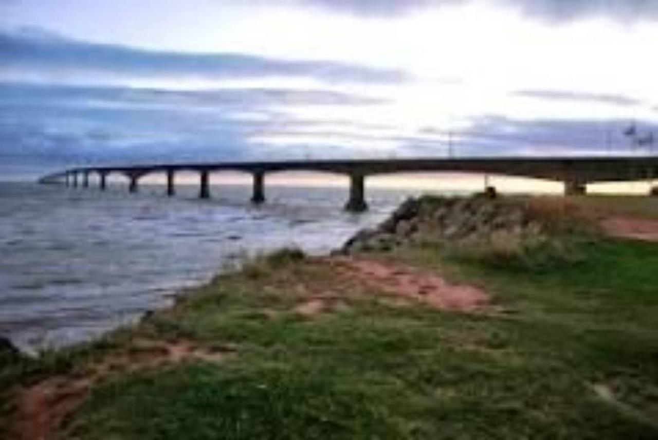 Confederation Bridge.jpg