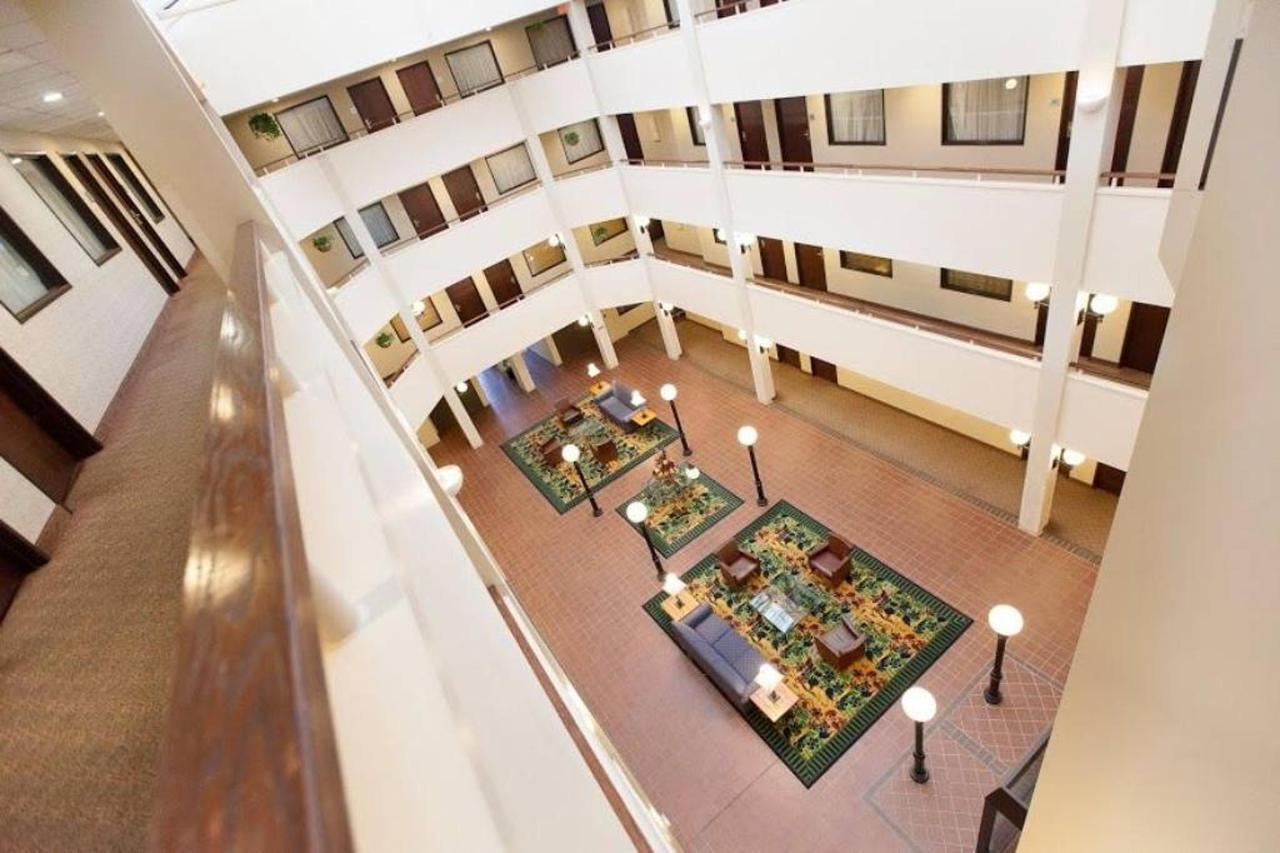atrium-hotel.jpg.1024x0.jpg
