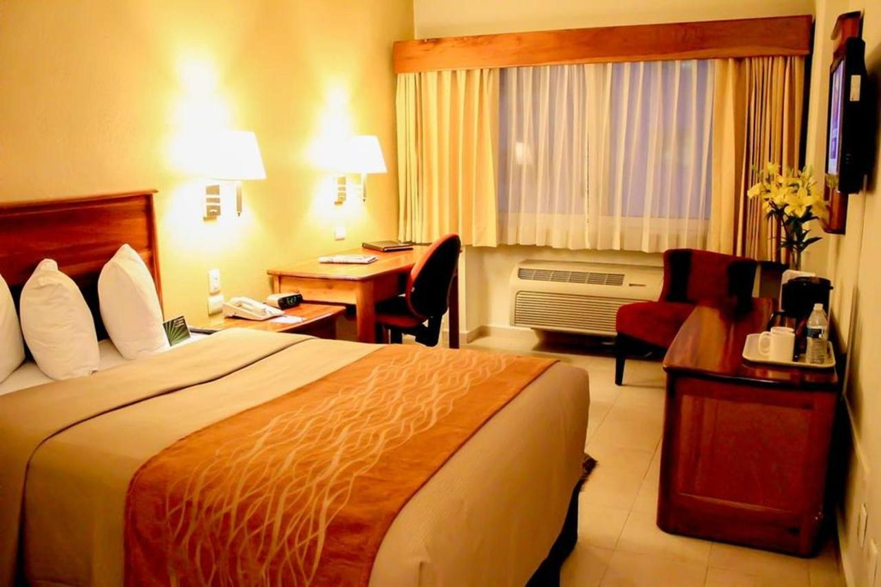 Rooms_CIMonterrey7.jpg