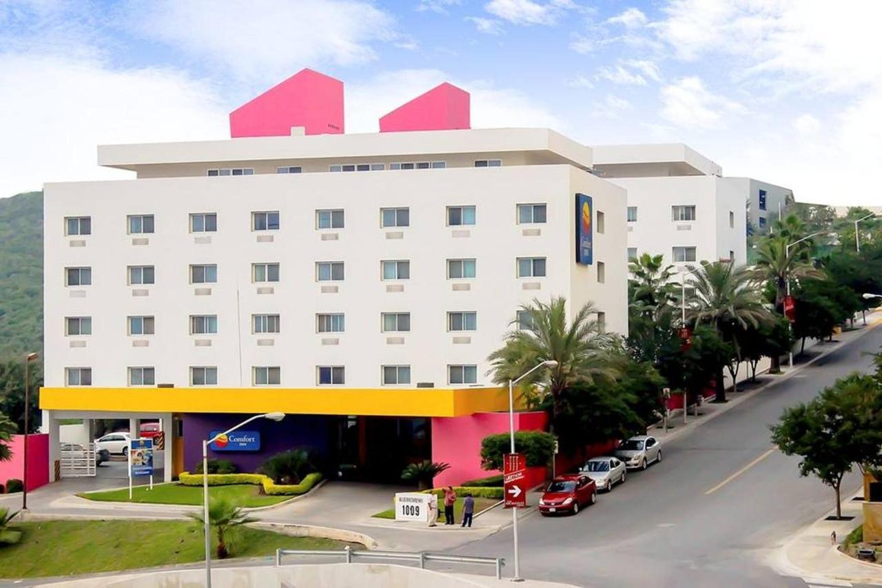 Hotel_CIMonterrey3.jpg