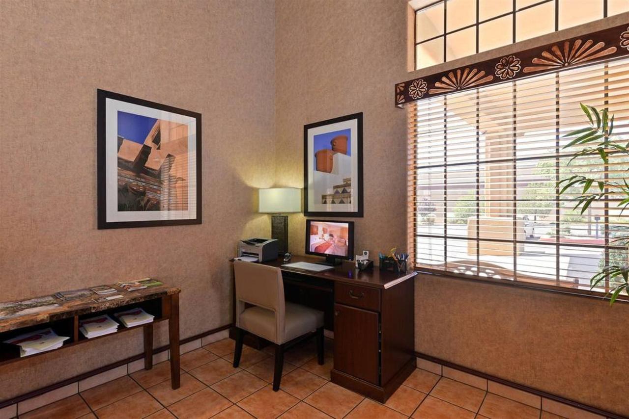 2-lobby-4.jpg.1024x0.jpg
