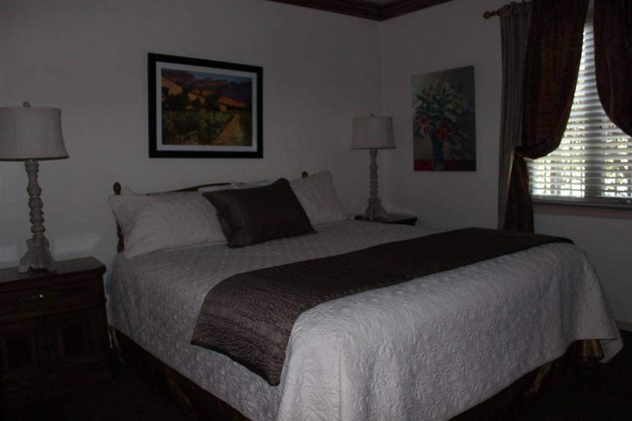 cabernet-rm-2-bedroom.JPG.1024x0.JPG