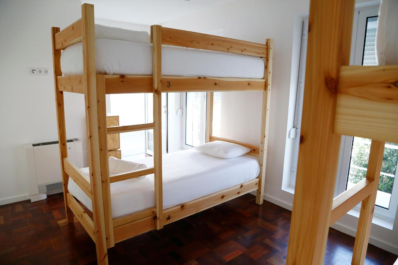 4 bed Dorm - City's Hostel Ponta Delgada.jpg