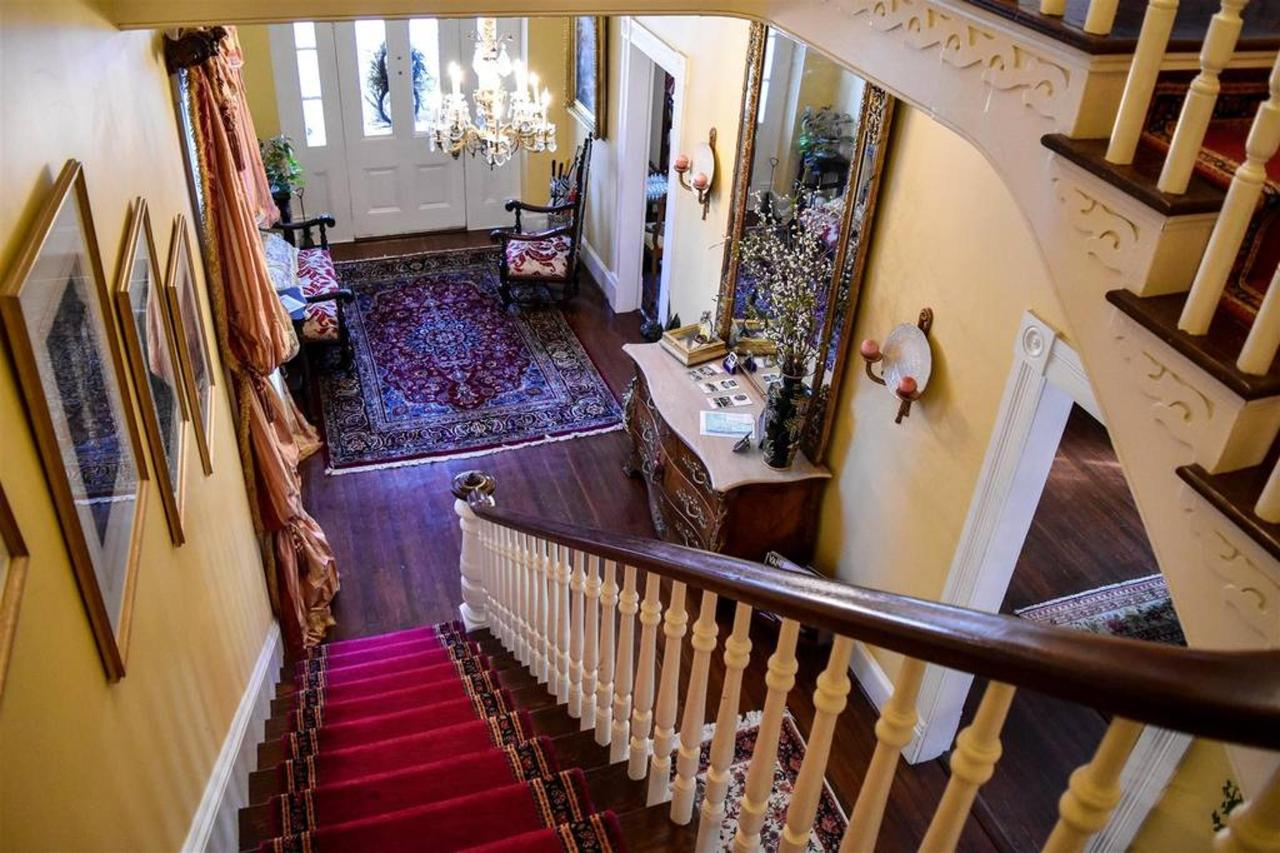 stairs.jpg.1024x0.jpg