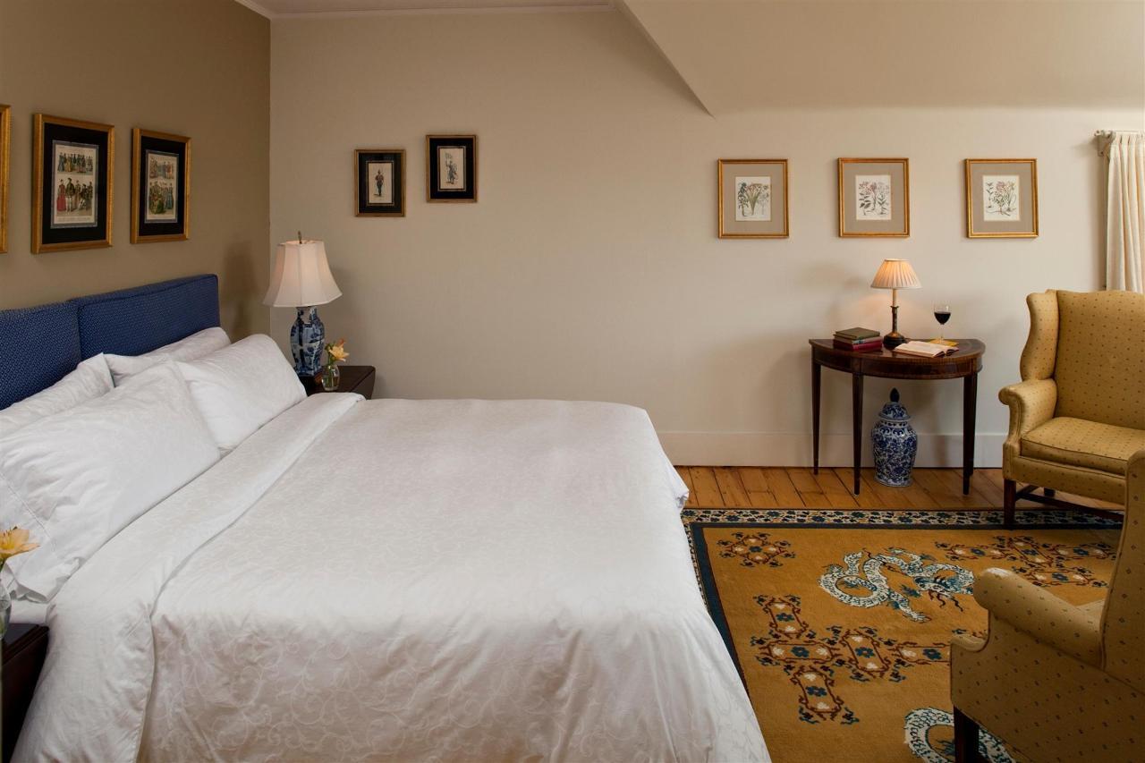 guestroom-balmoral-2684684240-o.jpg.1920x0.jpg