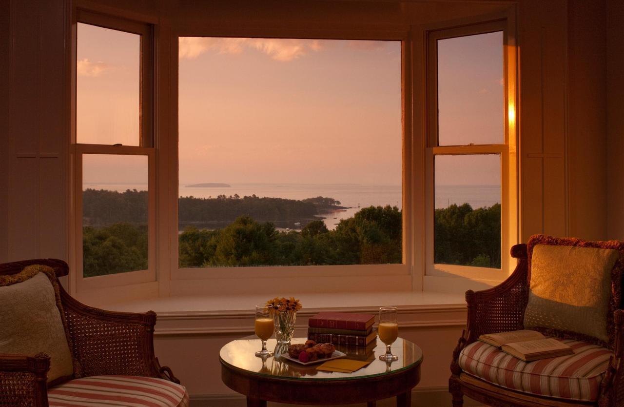guestroom-penthouse-suite-2-2684686668-o1-1.jpg.1920x0.jpg