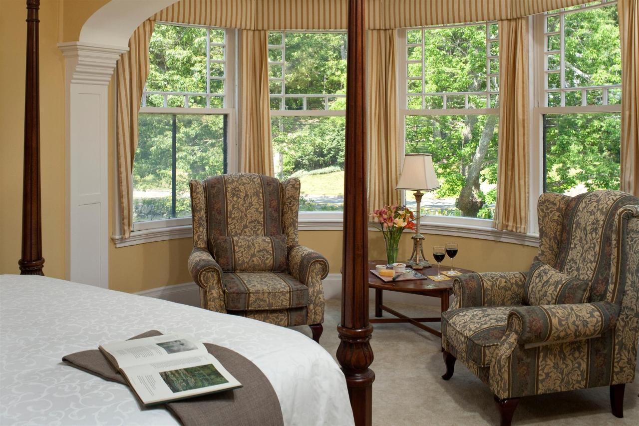 guestroom-windsor-1-2684688862-o1.jpg.1920x0.jpg