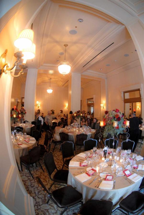 ballroom-dinner2.jpg