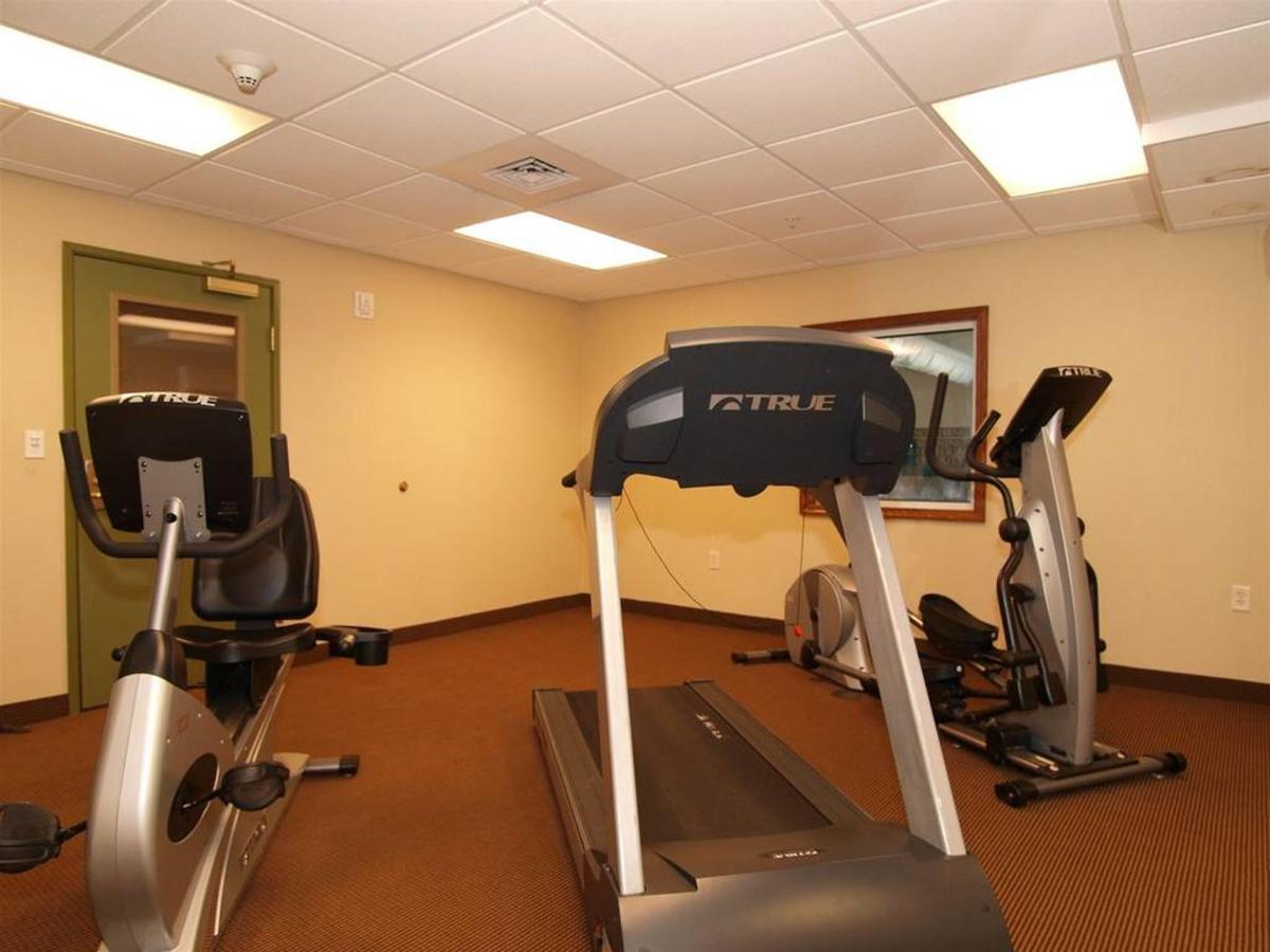 de054_fitness_room4.JPG.1024x0.JPG