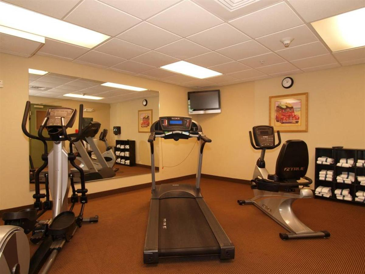 de054_fitness_room2.JPG.1024x0.JPG
