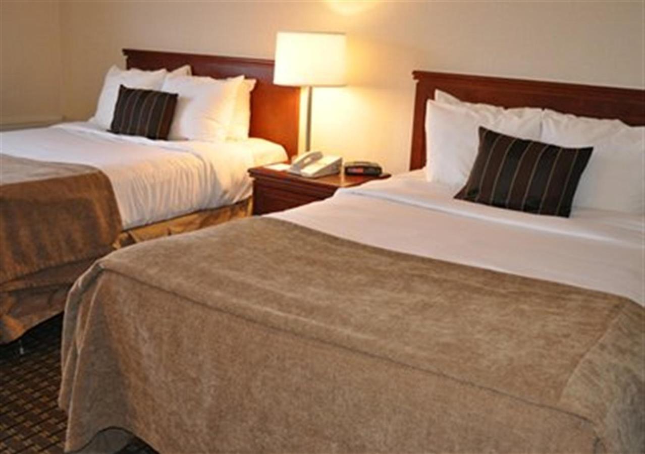 2 Double Beds.JPG