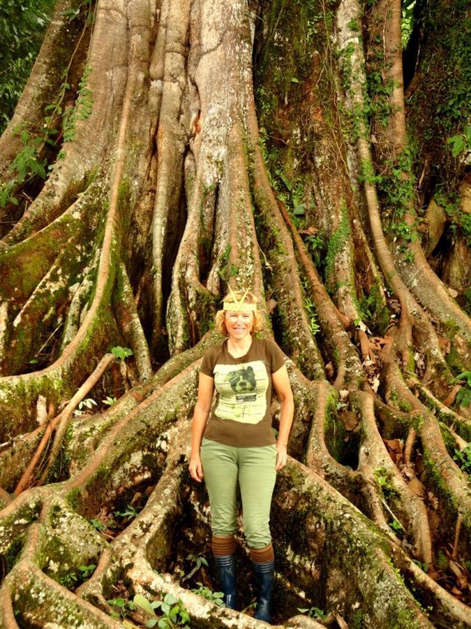 rainforest-jungle-trekking-a-cascade-latas-fine-aroma-of-the-ecuadorian-cacao-converted-in-c-10.JPG.1024x0.JPG