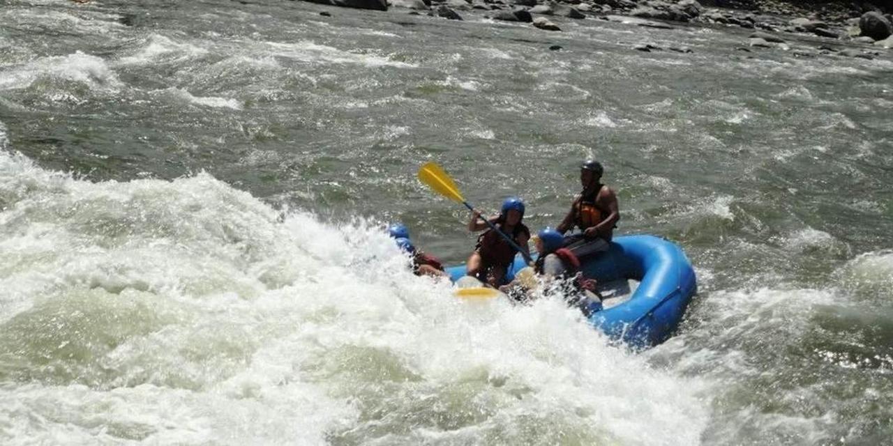 exciting-day-trip-rafting-2.jpg.1080x540.jpg