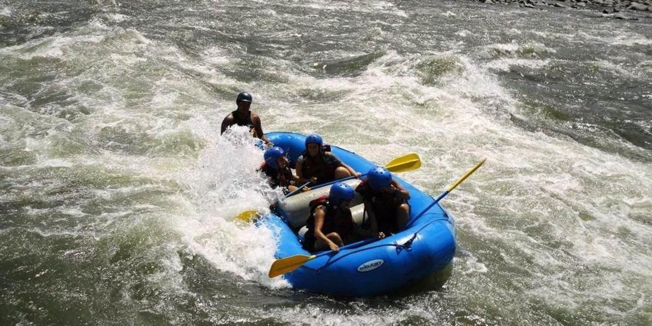 exciting-day-trip-rafting-4.jpg.1080x540.jpg