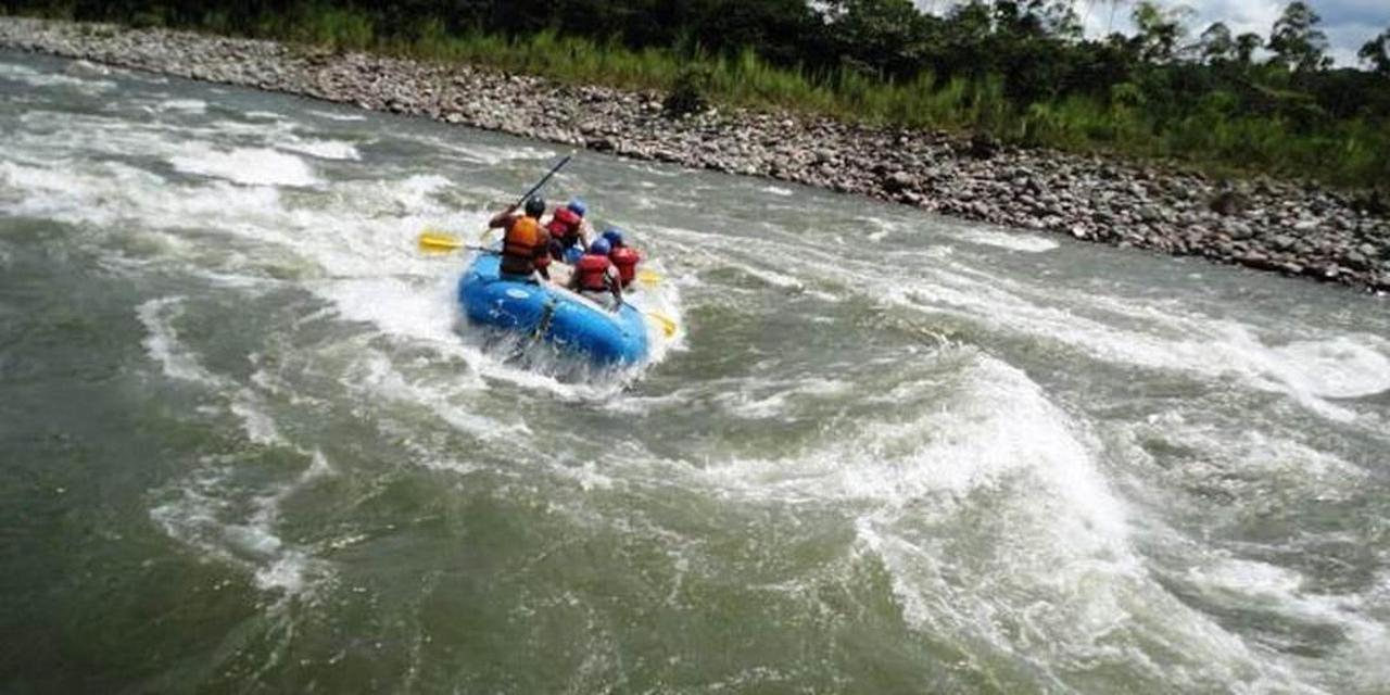 exciting-day-trip-rafting-8.jpg.1080x540.jpg