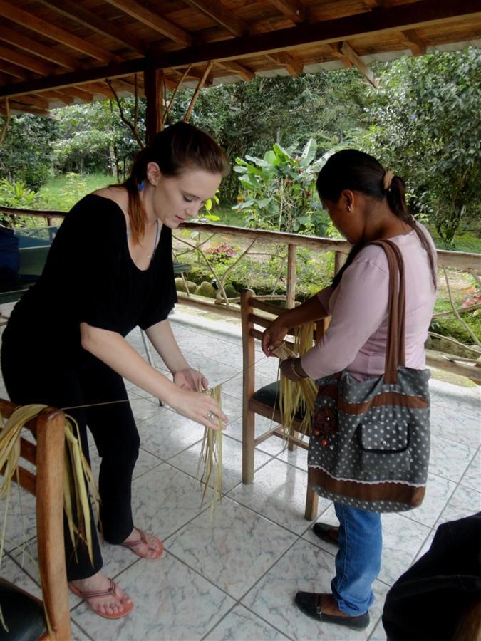 suchipakari-hotel-volunteers-ecuador-14.JPG.1024x0.JPG