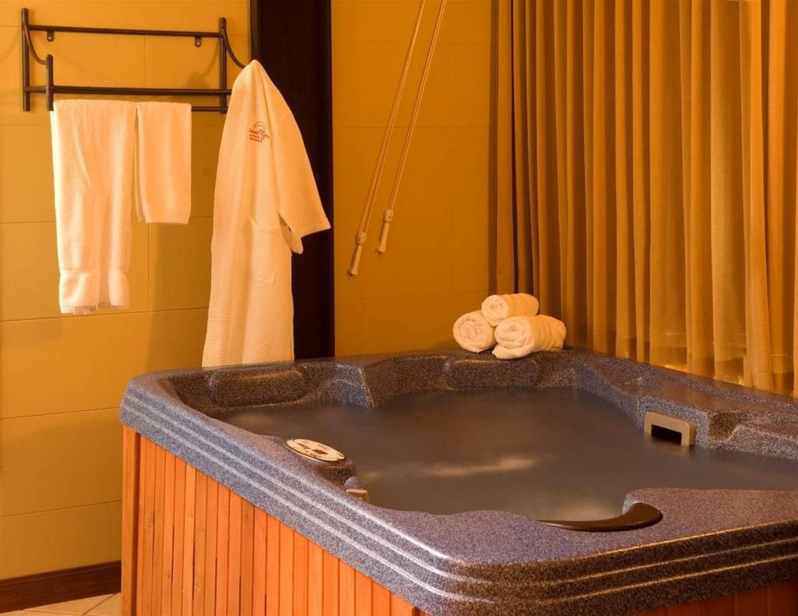 Couple Suites, Hotel Arenal Kioro Suites & Spa, La Fortuna, Costa Rica.jpg