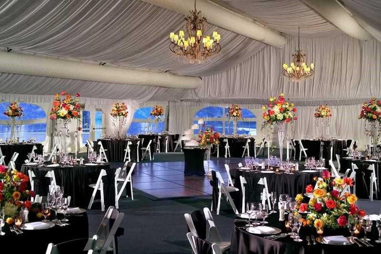 wedding-tent-4.jpg.1920x0.jpg