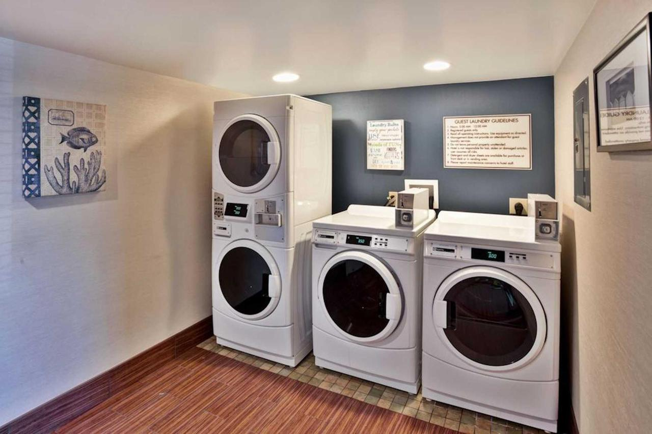 guest_laundry-_low-res.jpg.1920x0 (1).jpg