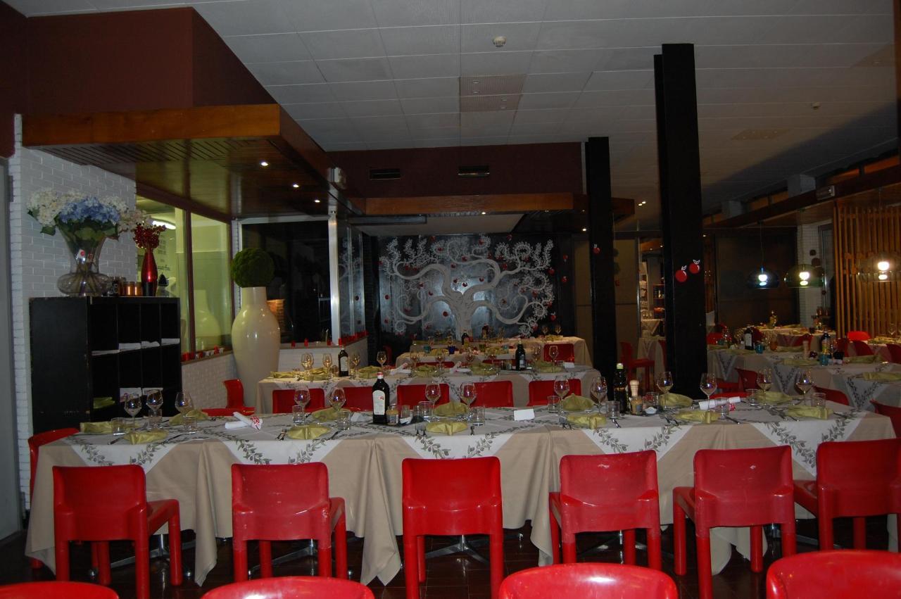 2.JPG restaurant