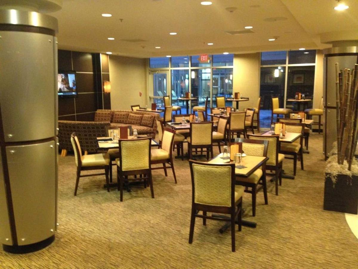 restaurant.jpg.1920x0.jpg
