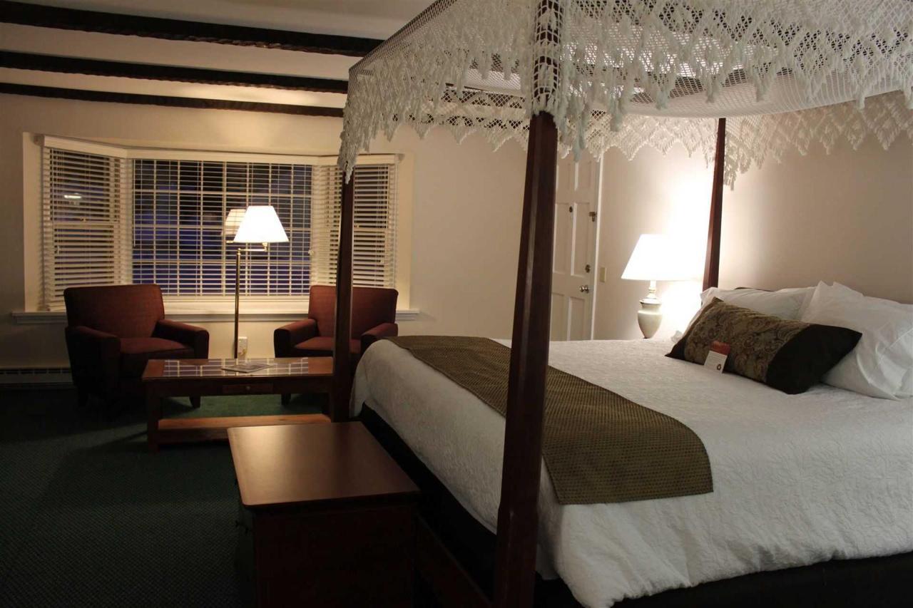 room-402-4.JPG.1920x0.JPG