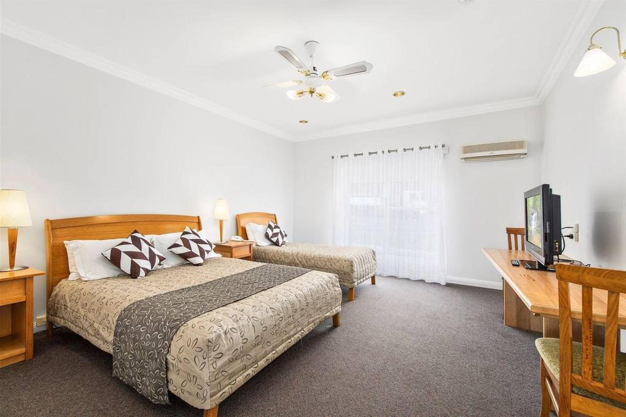 双room.jpg.1024x0.jpg