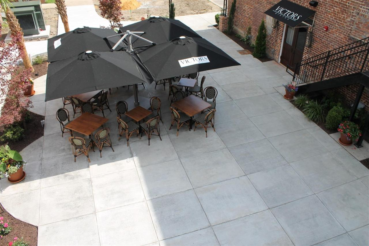 view-of-victor-s-bistro-outdoor-dining-from-grand-penthouse-private-patio.JPG.1024x0.JPG