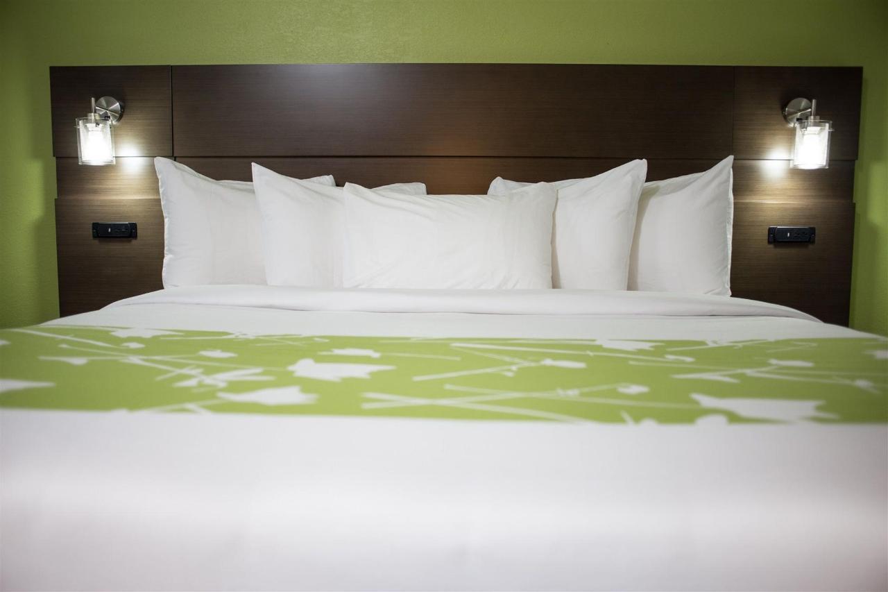 grand-river-hotel-13.jpg