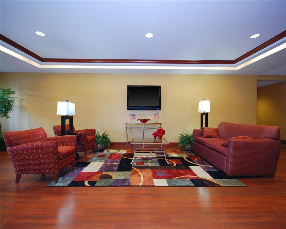 tn566-lobby3.jpg.1024x0.jpg