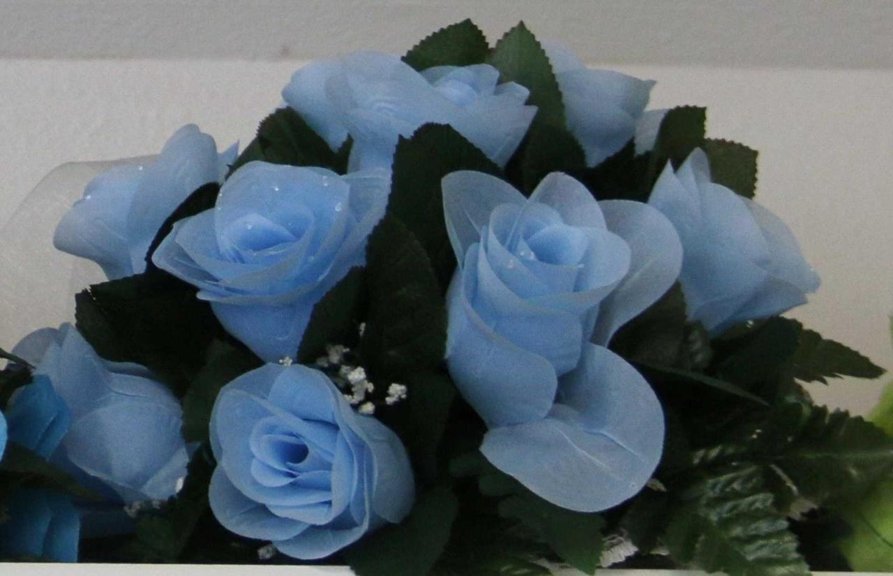 flowers-light-blue.jpg.1920x0.jpg