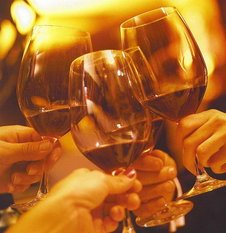 wine-tasting-web-a.jpg.1920x0.jpg