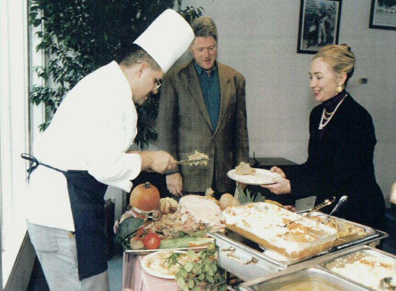 serving-food-1.jpg